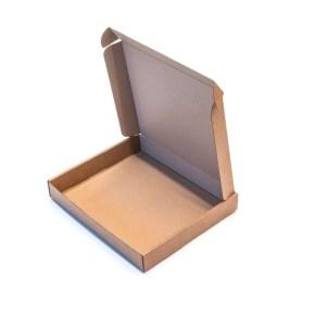 Krabice z třívrstvého kartonu 240x205x35 zásilková, kraft